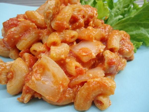 สูตร มักกะโรนี ราดซอสมะเขือเทศ เมนูที่ทำง่ายกินง่ายอร่อยด้วย