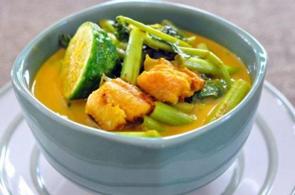 เมนูแนะนำ แกงเทโพ หมูสามชั้น อาหารไทยสูตรอร่อยที่เข้มข้นไปด้วยเครื่องแกง