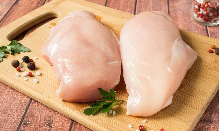 เมนูไก่ผัดขิง  -อกไก่