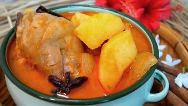 เคล็ดลับการทำ เมนูแกงมัสมั่นไก่ ที่มีรสเข็มข้นของเครื่องแกง