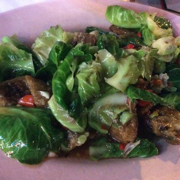 ร้านข้าวต้มรุ่งเรือง-ผัดผัก