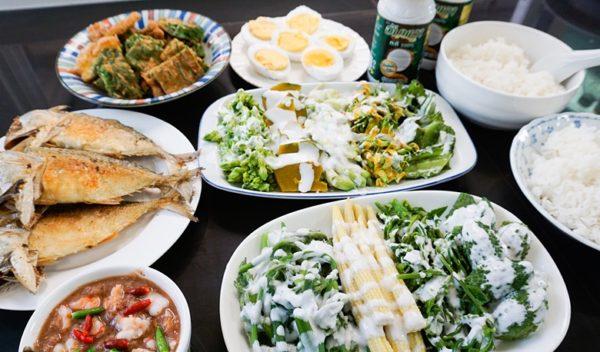 เคล็ดลับการทำ ผักทอดและผักต้มกะทิ เอาไว้กินกับน้ำพริกแสนอร่อยเหาะ!