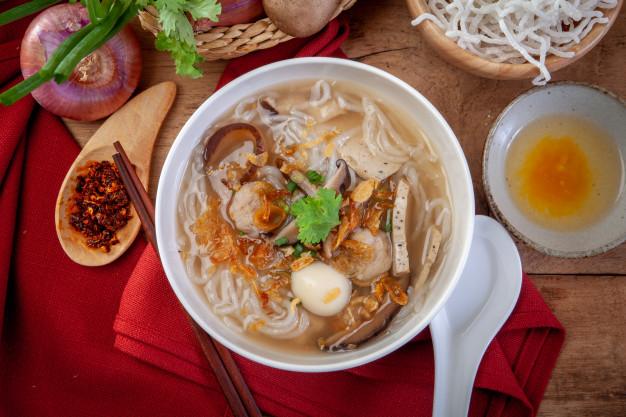 อาหารสไตล์เวียดนาม-ก๋วยจั๊บเวียดนาม