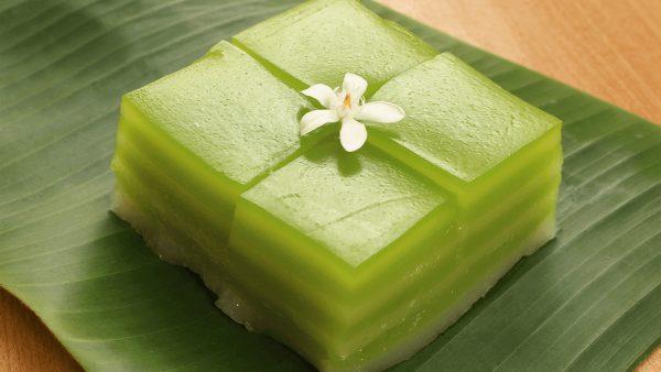 เผยวิธีทำ ขนมชั้น ขนมไทยยอดนิยมทำกินเองแบบง่าย ๆ ทำไปขายได้ก็ดี